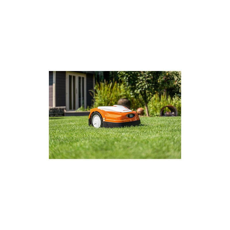 RMI 422 PC Robot de Tonte Série 4 iMOW® | STIHL